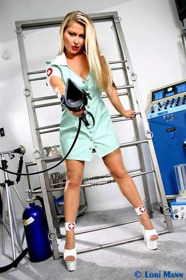 Mistress-Nicolette-Dominatrix-los-angeles-3